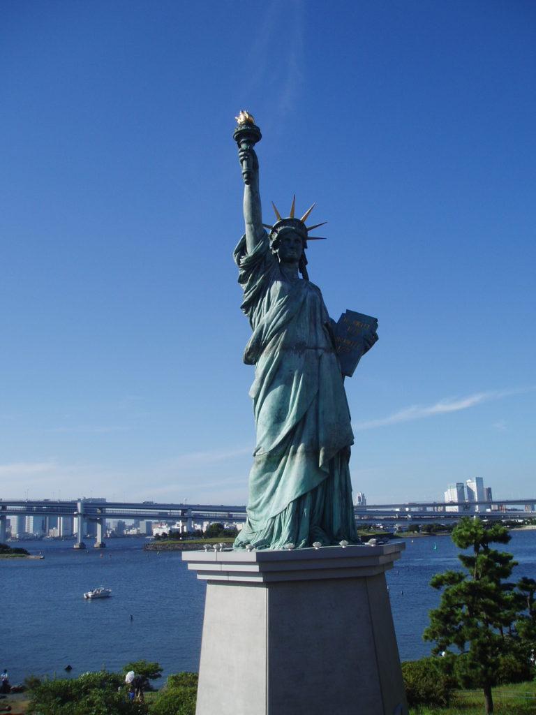 Odaiba: Statue of Liberty